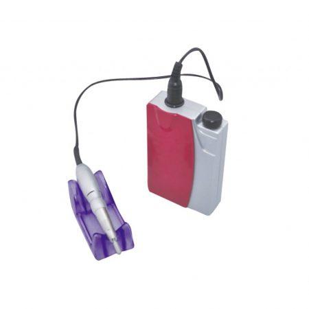 pila electrica portabila DM208